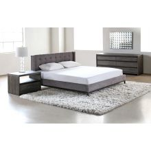 Newhall Tufted King Bed